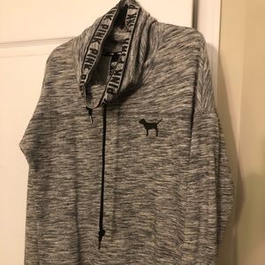 LIKE NEW VS PINK SWEATER WITH COLLAR